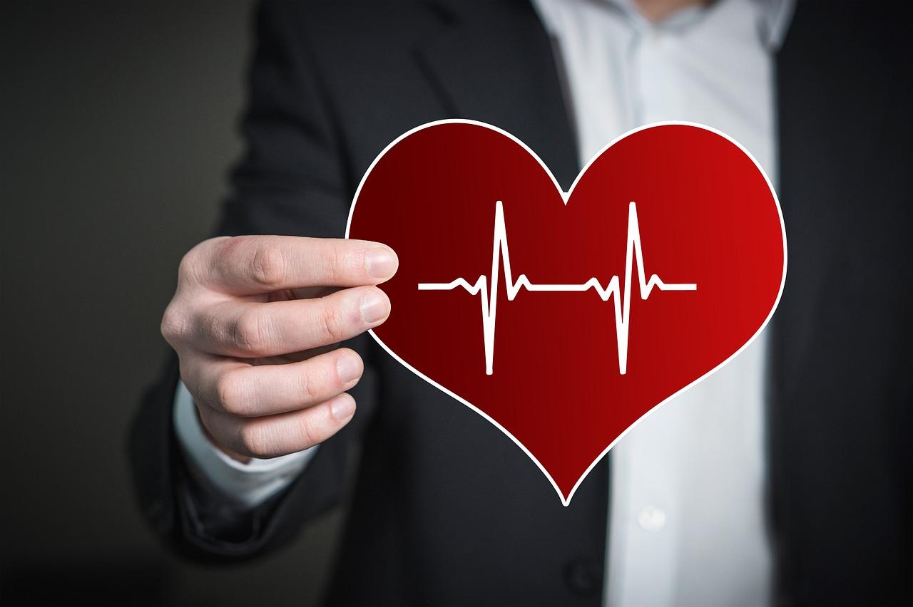 Wat te doen tegen hartkloppingen tijdens de overgang?